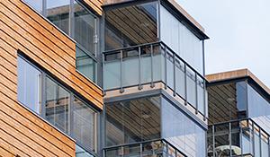 Glasvordach oder Balkonverglasung