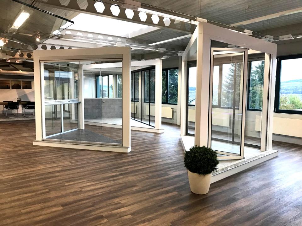 Balkon- und Sitzplatzverglasungen mit ESG oder ISO